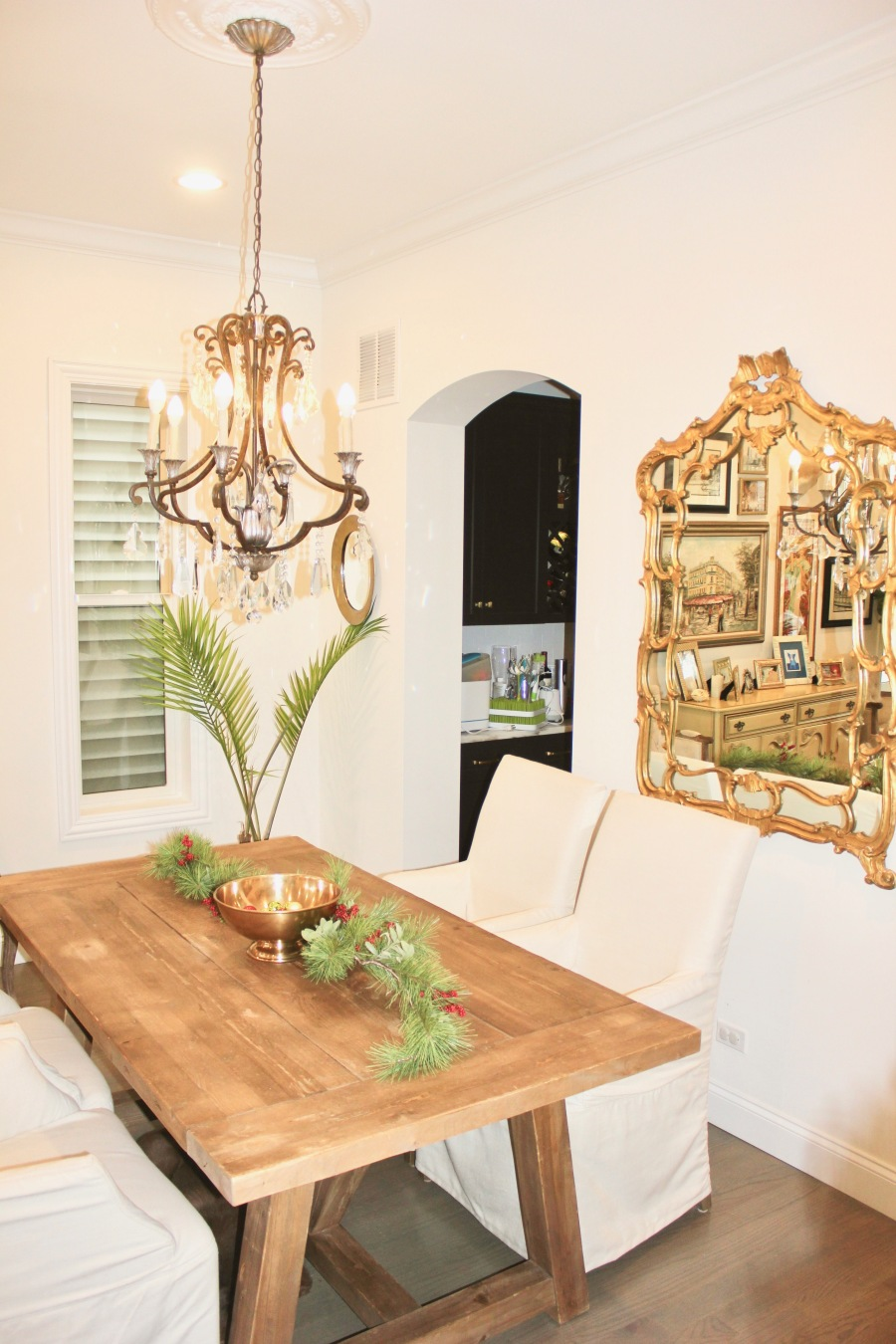 Artesian Designs | Holiday ... Easy Decor Dining Room