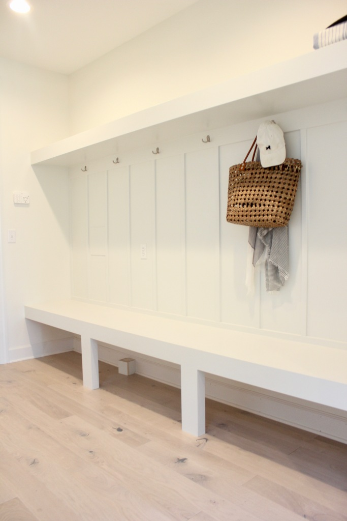 Artesian Designs | #csideproject Beach house SW Greek Villa mudroom bench storage stuga studio Pippi